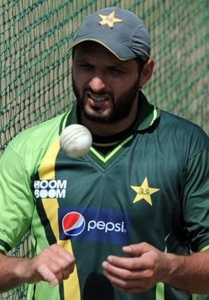 Stake holders of cricket must tackle fixing menace: Shahid Afridi