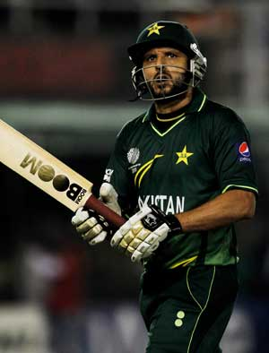 1st T20: Shahid Afridi stars in Pakistan's 3-wicket win over Sri Lanka