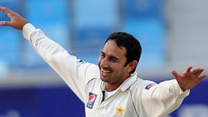 Saeed Ajmal signs for Hampshire