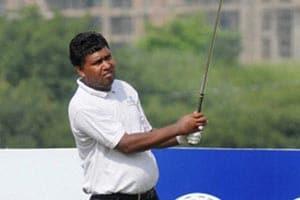 Panasonic Open: Ashok takes one-shot lead; Bhullar, Shankar in hot pursuit