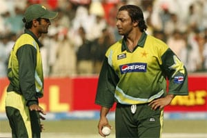 Don't take Akhtar's comments seriously: Malik