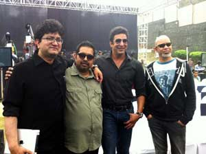 Cricket legend Akram launches Shankar, Ehsaan, Loy's anthem for TUCC