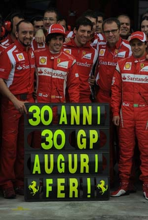 Alonso turns 30 and takes clear aim at Red Bull