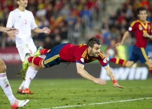 Xavi, Alvaro Negredo edge Spain closer to 2014 FIFA World Cup