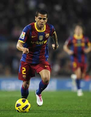 Alves coy on Barca contract renewal