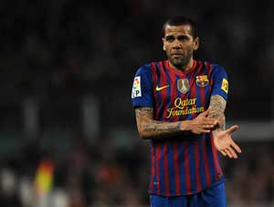 F.C. Barcelona back Daniel Alves in racist banana taunt