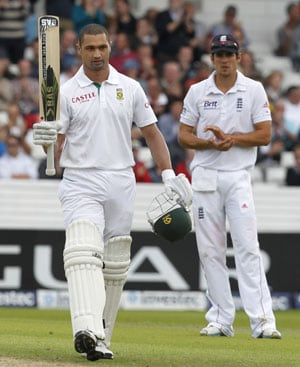 Alviro Petersen grinds out century, South Africa 262/5 at stumps
