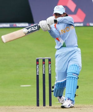 Bowlers help Indian women take 2-0 lead over England