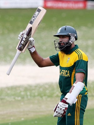 Hashim Amla overtakes Viv Richards to become fastest to 4,000 ODI runs