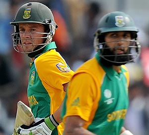 Amla to captain ODIs and T20s against Australia