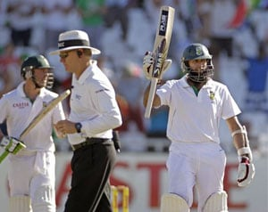 South Africa beat Pakistan by 4 wickets; take unassailable 2-0 lead