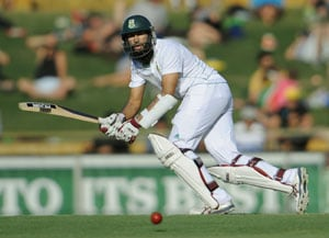 Hashim Amla replaces JP Duminy at Surrey