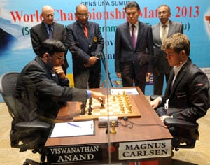 World chess championship: Viswanathan Anand draws first game vs Magnus Carlsen