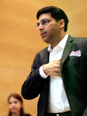 Viswanathan Anand loses to Magnus Carlsen, ties for third in Zurich Chess Classic's blitz tournament