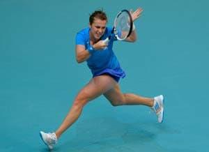 Anastasia Pavlyuchenoka ousts Maria Sharapova, meets Errani in Paris WTA Open final