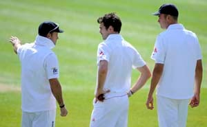 Side-strain downs James Anderson