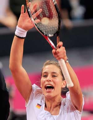 United States relegated in Fed Cup for 1st time