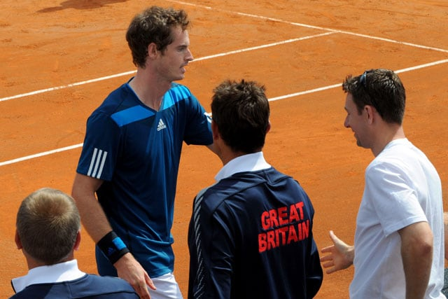 Andy Murray sweeps Andreas Seppi as Britain level against Italy in Davis Cup quarters