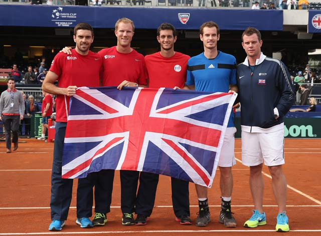 Andy Murray lifts Britain into Davis Cup quarter-finals