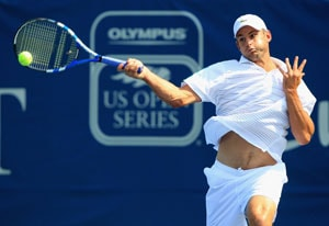 Roddick breezes into Carolina semis