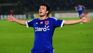 Chilean teenager Angelo Henriquez completes move to Manchester United
