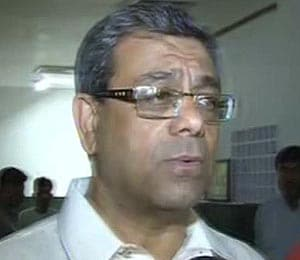 Tennis row continues as Anil Khanna threatens action against Mahesh Bhupathi
