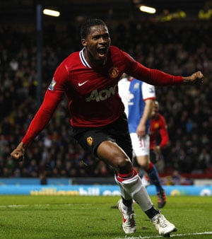 Man Utd beat Blackburn 2-0, go five points clear of City