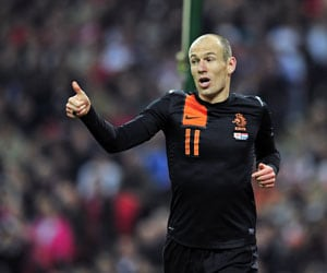 Robben ready for Chelsea despite missing training