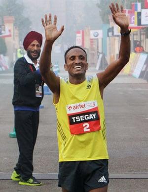 Ethiopian Atsedu Tsegay wins Delhi half marathon with course record