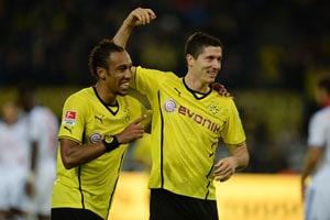 Bundesliga: Borussia Dortmund smash six; Bayern Munich cruise