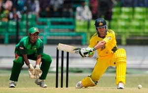 Bangladesh put Australia in to bat