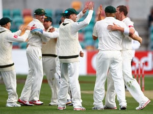 Starc, Siddle bowl Australia to thrilling Test win in Hobart