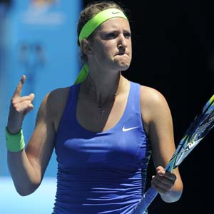 Victoria Azarenka advances at Madrid Open, Agnieszka Radwanska ousted