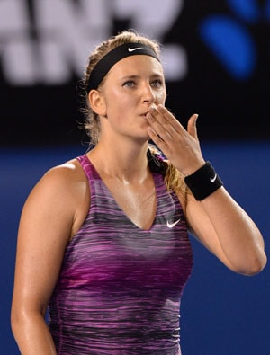 Australian Open: Defending champ Victoria Azarenka sweeps into third round