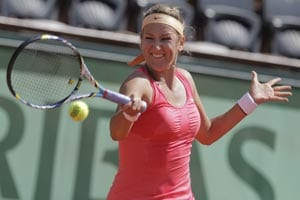 Azarenka, Stosur easy winners at French Open