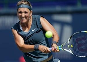 US Open: Victoria Azarenka books semis against Flavia Pennetta