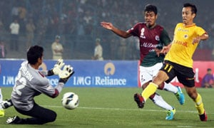 Mohun Bagan win grudge match, but East Bengal claim Calcutta Premier Division title