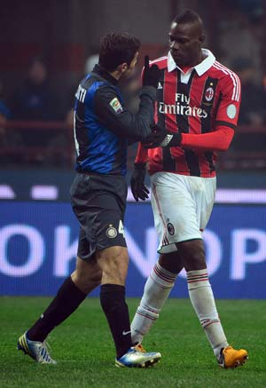 Milan praise Mario Balotelli resolve in face of racism