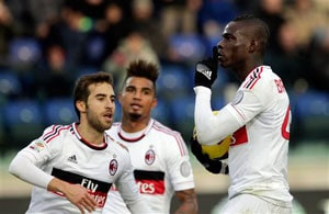 Mario Balotelli scores as AC Milan draws 1-1 at Cagliari