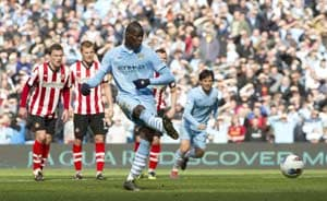 City scores 2 late goals to draw with Sunderland