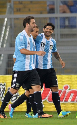 Even without Lionel Messi, Argentina beat Italy