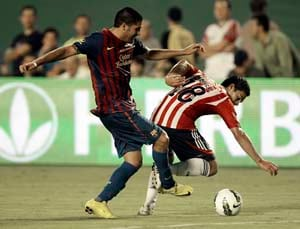 Mexico's Chivas beat Barcelona 4-1 in friendly