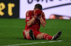 Bayern Munich wait on Schweinsteiger fitness for Schalke