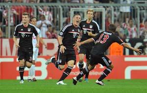 Bayern win, Villarreal in Champions League peril