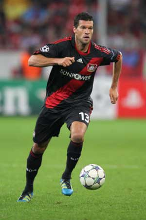 Bayer Leverkusen face tough task at Barcelona