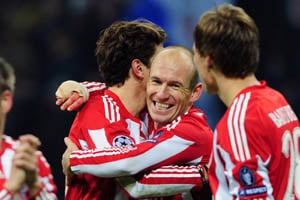 Last-gasp Gomez puts Bayern in control