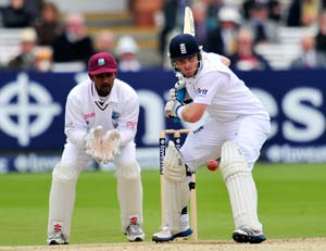 England claim 1st Test against West Indies