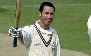 Uproar after Ben Hollioake cricket kit theft