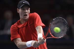 Berdych beats Verdasco to advance in Paris
