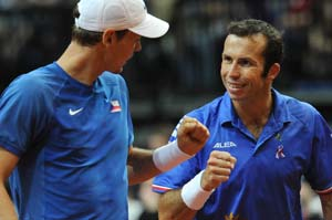 Davis Cup: Czech Republic take 2-1 lead against Serbia